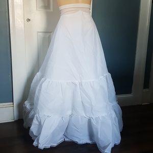 Under Wedding Gown 2-Tier Med Fullness A Line Slip